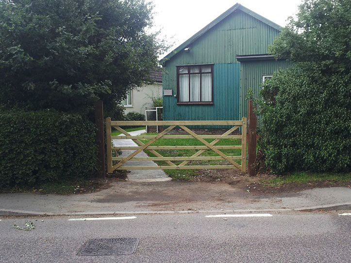 New Gate & Posts